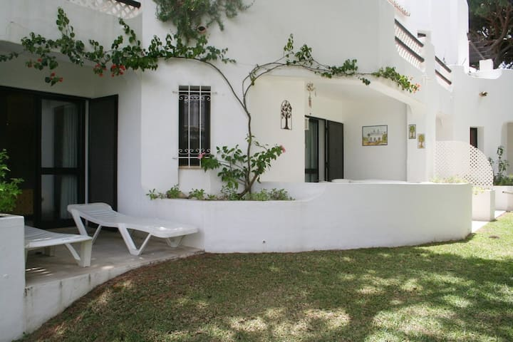 Varanda Quarto com Jardim