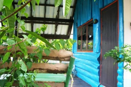 Blue, aicond bungalow with seaview - Ko Mak - Alpehytte