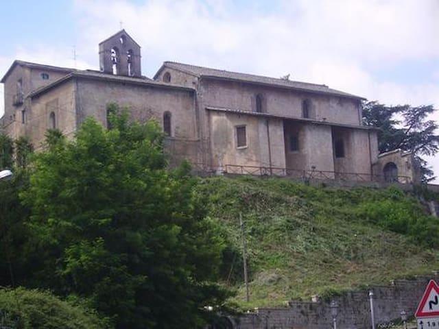 Una breve passeggiata e siete sul Convento di San Francesco