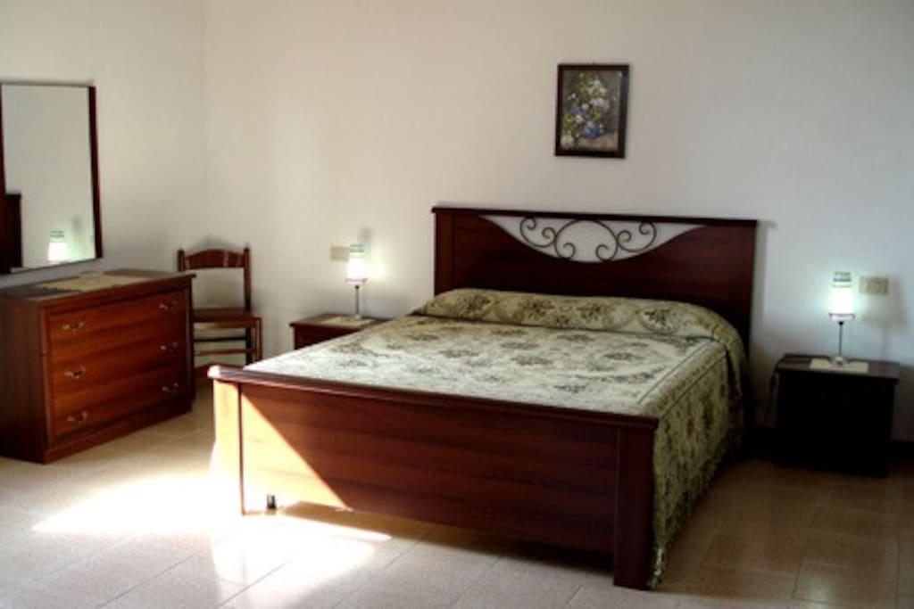 Camera Da Letto Matrimoniale Usata Piacenza : Appartamento pernottamento e colazione in affitto a