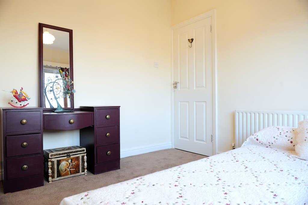 Near city centre single bedroom chambres d 39 h tes louer for Chambre hote dublin