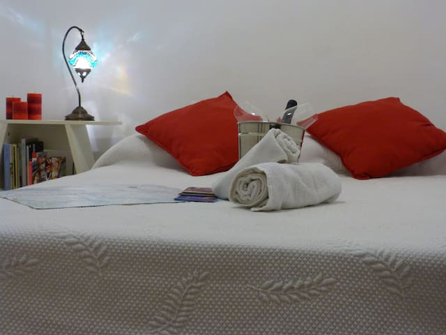 Cozy double room with private bathroom - Barcelona - Leilighet