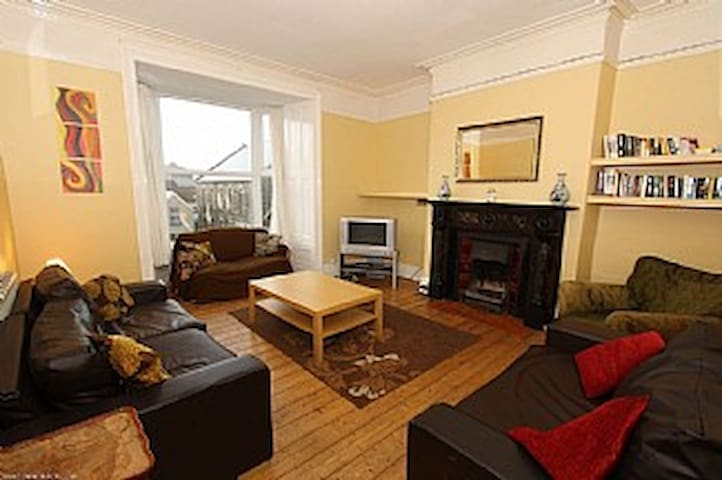 Victorian Terraced House Sleeps 14