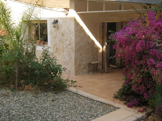 Holiday home by the sea near Brucoli - Brucoli - Casa