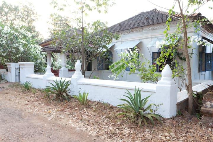 VILLA LUDUVINA GOA - Panjim - House