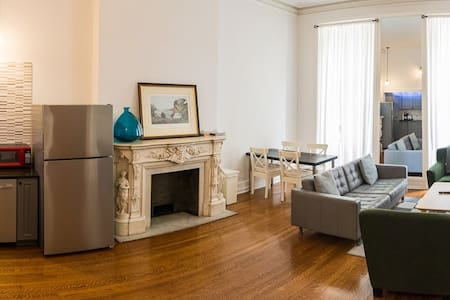 ✨Luxurious & Spacious King Bed Apt @ Rittenhouse