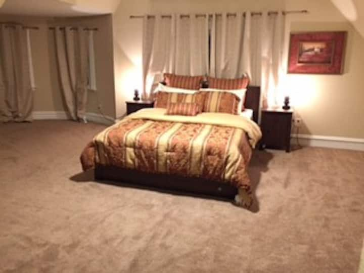 3R - Travel Nurse Special - Huge Room in CWE