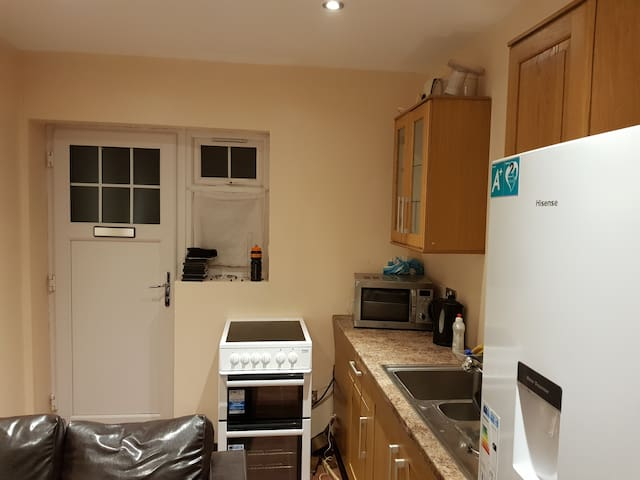 1  Bedroom studio Apartment with Separate Entrance