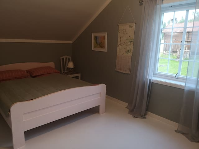 Bedroom with double bed.