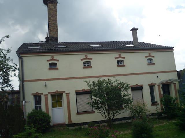 Ferienhaus zum Storchen - Löwenberger Land - Casa
