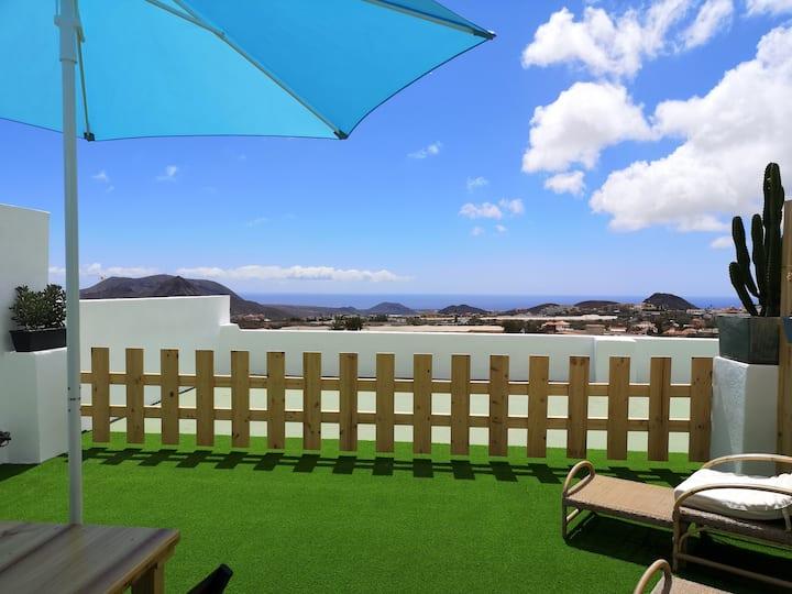 Nuevo apartamento, vistas al mar y amplia terraza