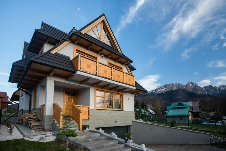 A room overlooking Tatra mountains - Zakopane - Huis