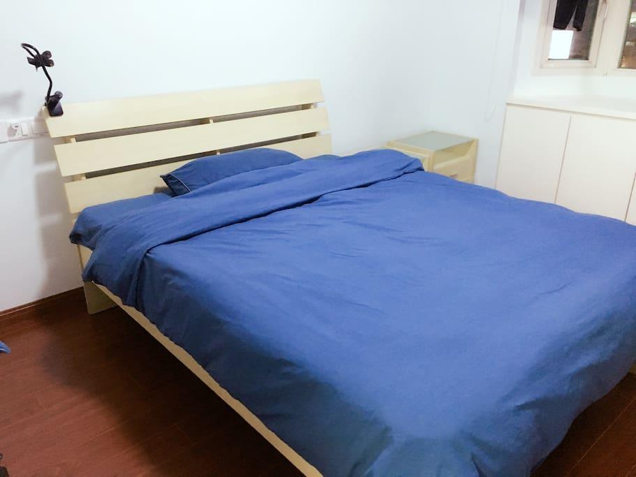 1.5mX2m的床