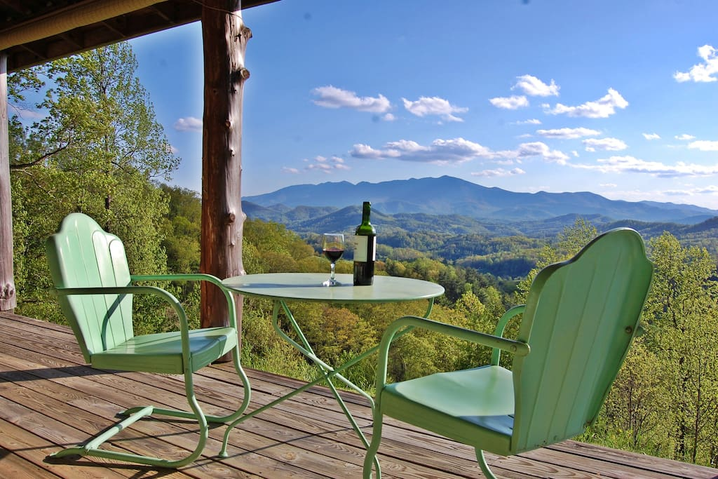 Have a glass of wine or cup of coffee on the porch and enjoy the VIEWS