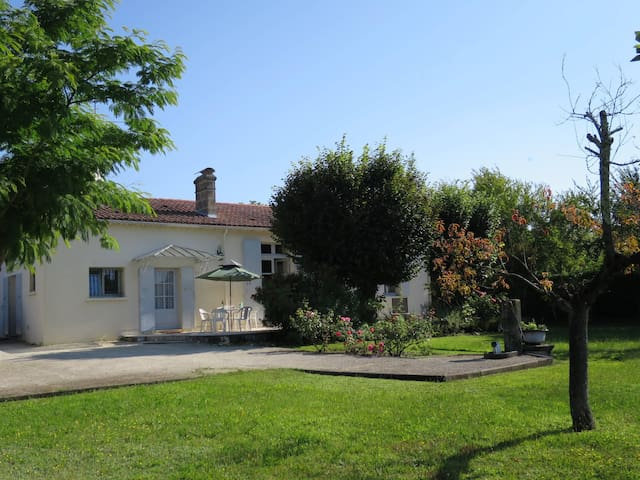 Holiday home in Castelnau-de-Medoc