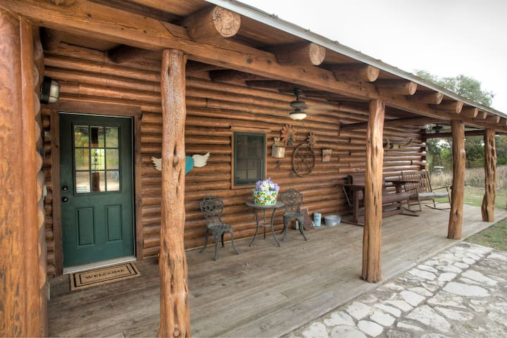 Authentic Log Cabin w/Terrific Views & Hot Tub