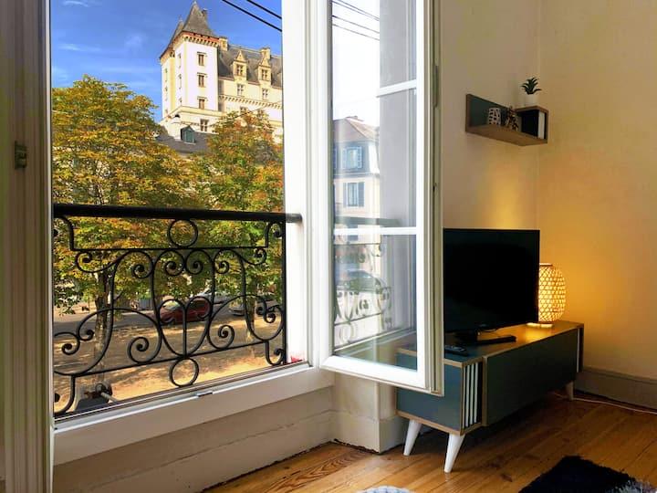Appartement VUE exceptionnelle château + parking