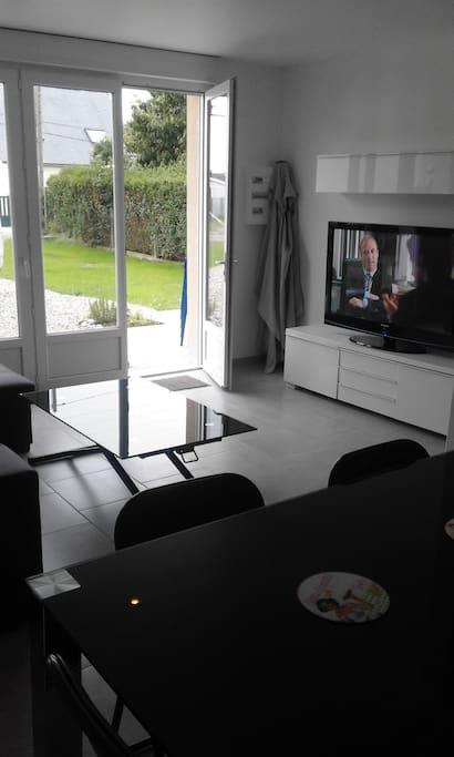 maison 60m2 avec terrain 900m de la plage houses for rent in criel sur mer normandie france. Black Bedroom Furniture Sets. Home Design Ideas