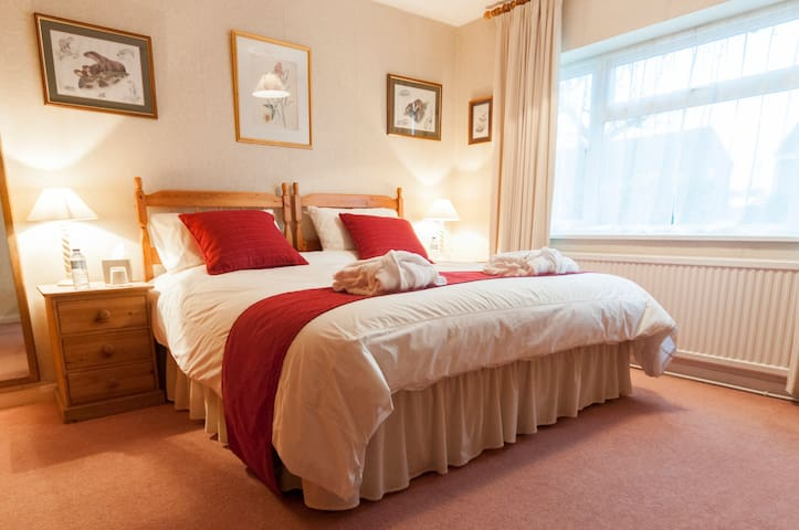 Comfy king or twin room - Melton Mowbray - Bed & Breakfast