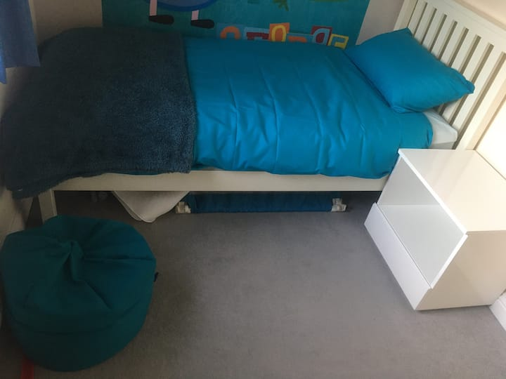 Quiet, comfy space in Finedon close to A14/A45