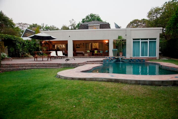 Malcolm Lodge - Harare - Bed & Breakfast