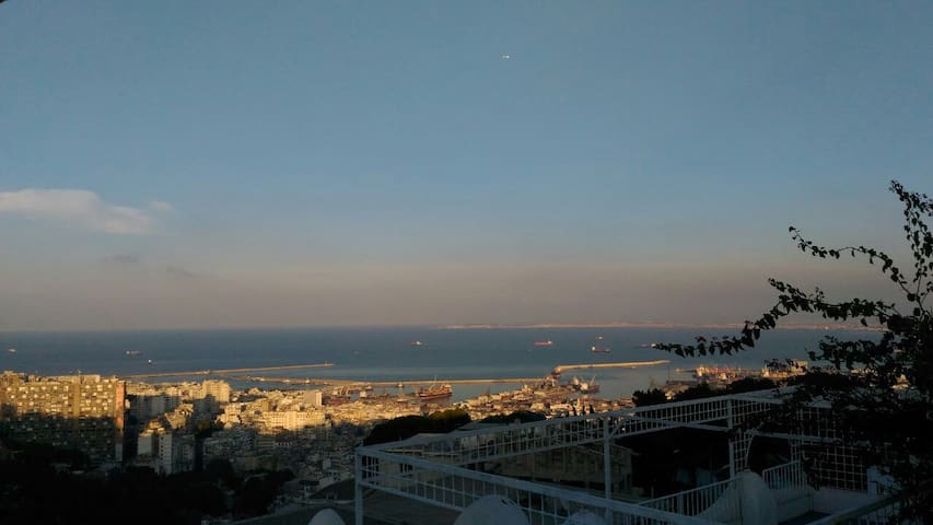 Big house with beautiful view over the city - Algiers - Hus