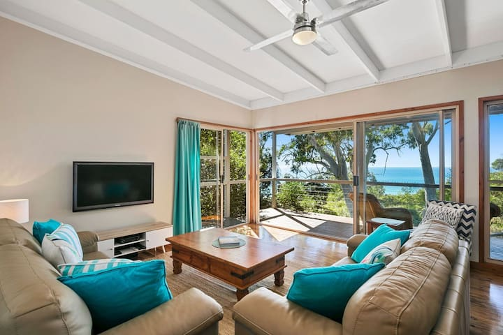 Coral View  | 4 Bedroom, 2 Bathroom, Sleeps 8