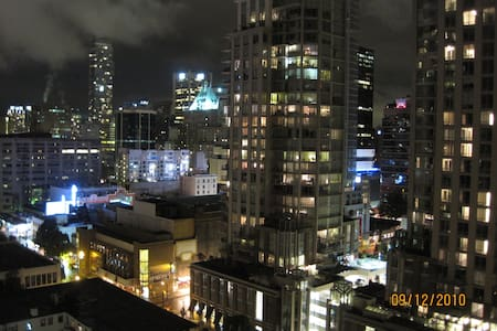 Heart of the City Apartment - Vancouver - Appartement