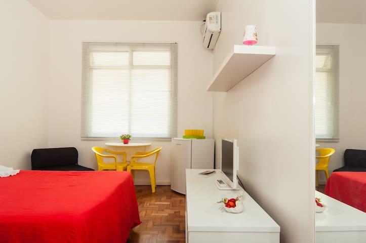 Studio Apartment in Copacabana