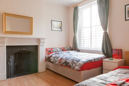 Large  room near central London
