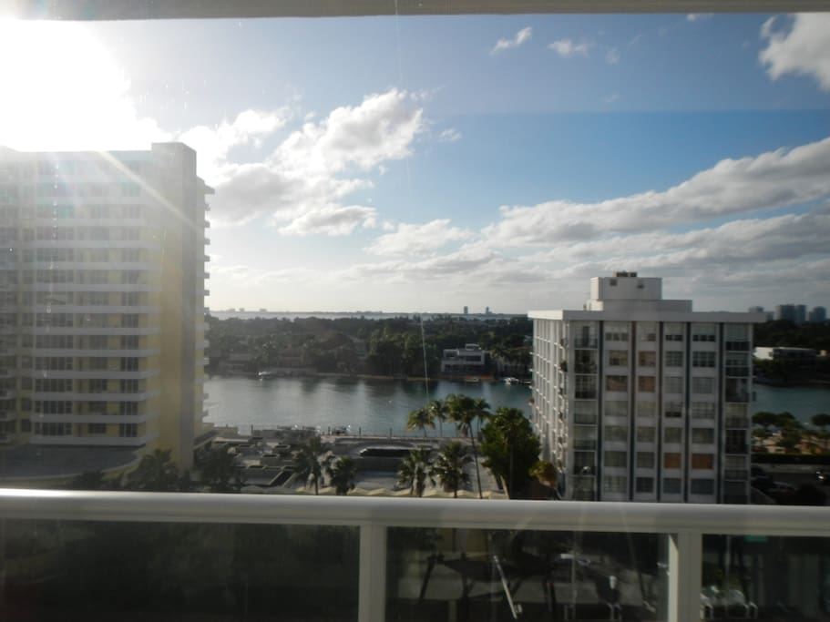 Amazing Intracoastal Views, Miami Biscayne Bay and exclusive Indian Creek Island