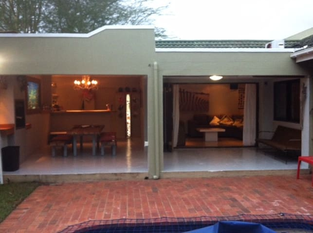 3 Bed Family House in Umhlanga - Umhlanga - House