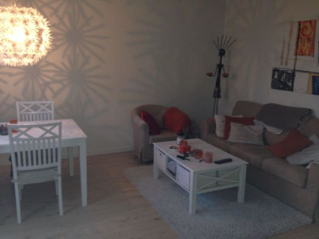 Cosy 2 room aptm 2 min from the sea - Stockholm - Apartment