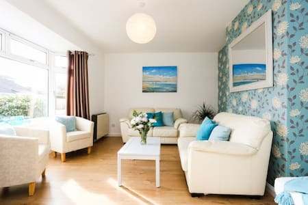 BRAUNTON BEACON VIEW | 3 Bedrooms - Braunton - Casa