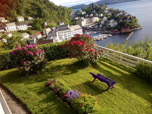Salhus - outstanding panoramic view - Bergen - Appartement