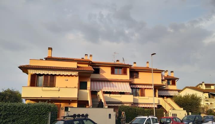 La Casa di Cecco, lovely apartment close to Prato