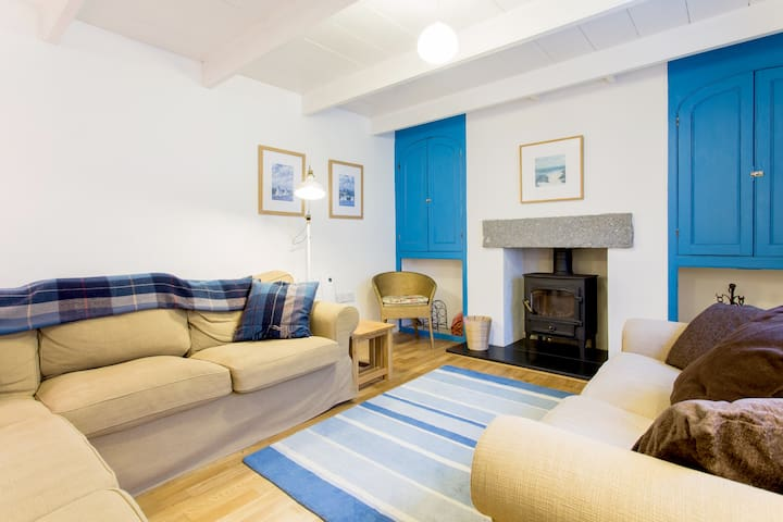 Fisherman's Cottage with Parking - 100m from Sea - Saint Mawes - Casa