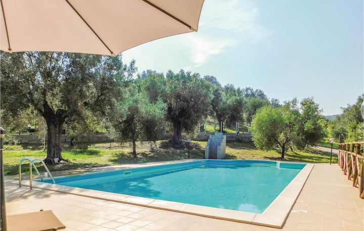 Holiday cottage with 2 bedrooms on 80m² in Pietrapaola (CS)
