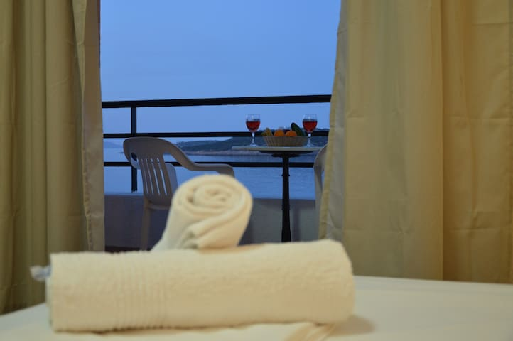 9 Muses Studio Apartment - Agios Nikolaos - Appartement