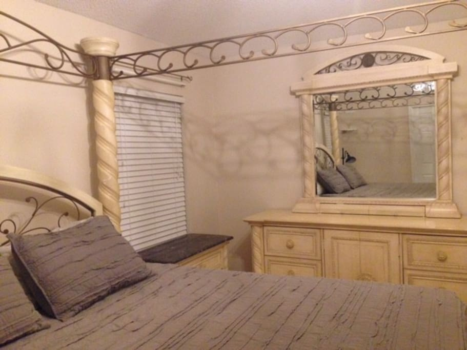 Master Bedroom - plenty of space for your belongings