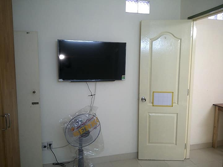 Cosy home stay near airport on the way to downtown
