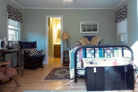 Quilt Cottage