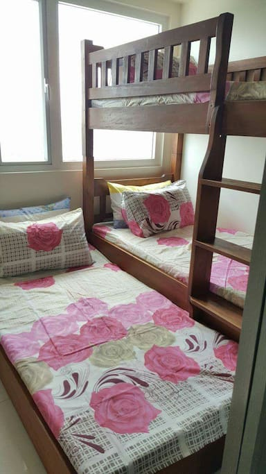Double Deck with Pull Out Bed