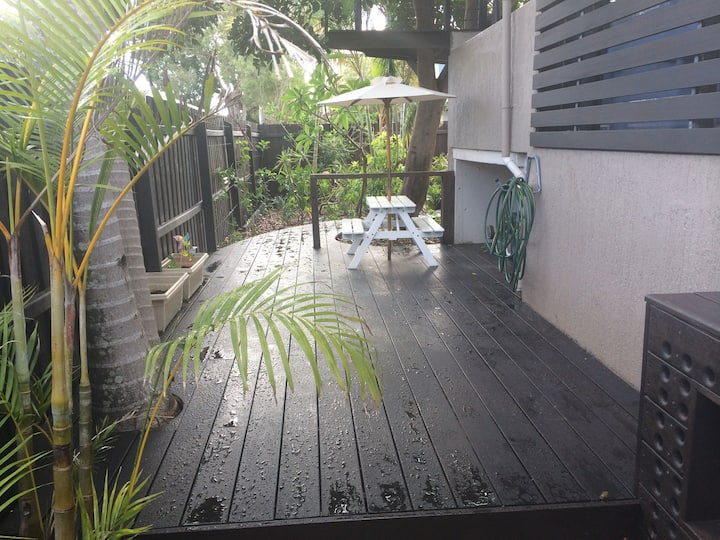 Walk to the beach( 3 bed room)