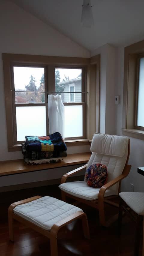 Cozy Private Studio Apartment