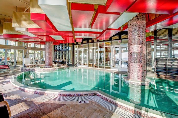 Oceanaire Resort - Partial Ocean View 1 Bedroom Suite