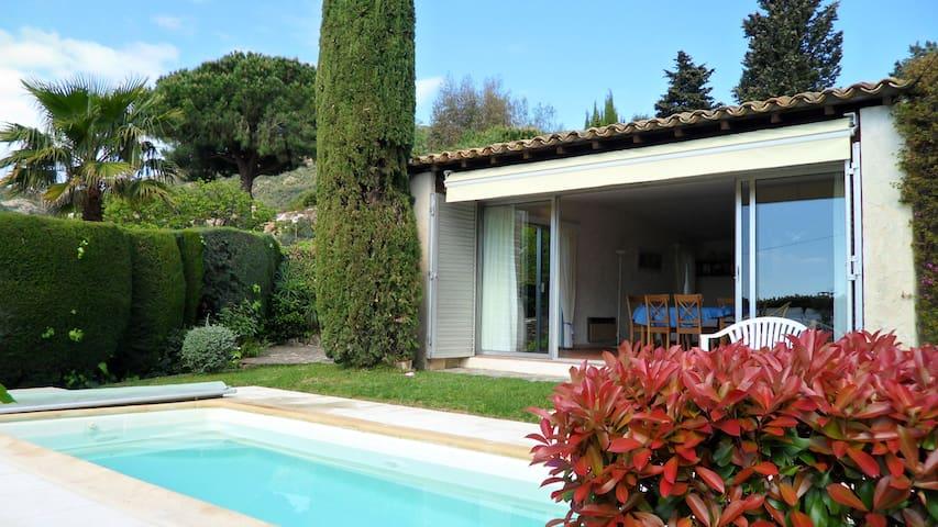 Charmante villa vue mer, piscine et jardin clos - Cavalaire-sur-Mer - Villa
