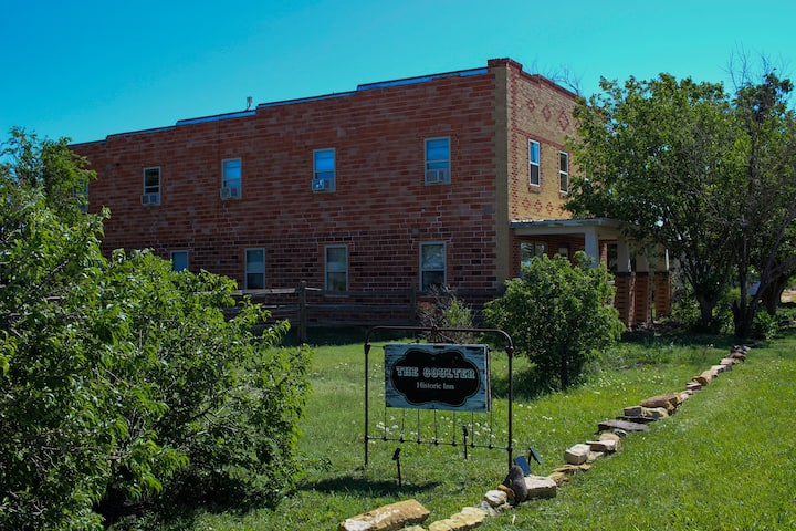 The Coulter, A Frontier Hotel Experience