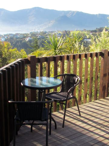 Sunny Bayview Studio - Canterbury NZ - Charteris Bay - Chatka