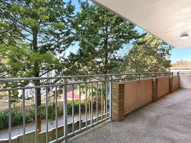 Huge 2 bed Apt Bondi/Bellevue Hill - Bellevue Hill